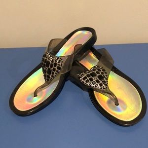 Shoes - BCBGeneration flip flop